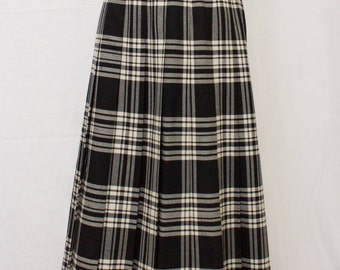 Classic Ballantrae Black and White Plaid Pleated Skirt. Made In Scotland