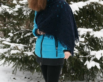 Blue shawl crocheted