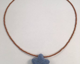 Felt Beaded Star Necklace (Blue)