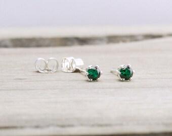 Emerald Stud Earrings May Birthstone Earrings Green Stud Earrings May Birthday Tiny Emerald Earrings Dainty Stud Earrings Green Earrings