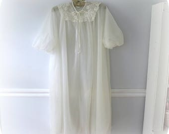 White Peignoir Set, Nylon Nightgown, Van Raalte Gown, Small, Two Piece, made in U.S.A., 1960's Lingerie,
