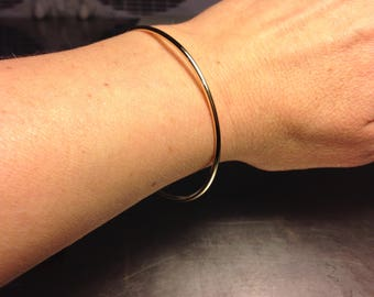 Solid Gold Bangle, 14k gold bangle, 2mm wide bangle, Simple gold bangle, gold stacking bangle, wedding bangle,Handmade bracelet, 2mm bangle