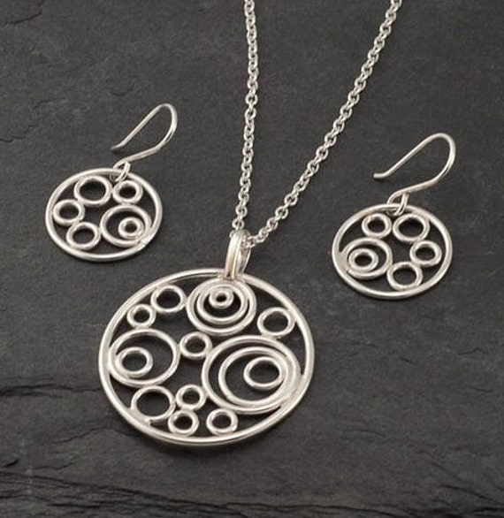 Sterling Silver Circle Necklace and Earring Set- Silver Jewelry Set- Silver Circle Necklace with matching Silver Earrings