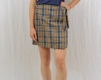 Vintage High Waisted Plaid Mini Skirt, Size XS, 90's Clothing, Hipster, Grunge, Punk, Tumblr Clothing