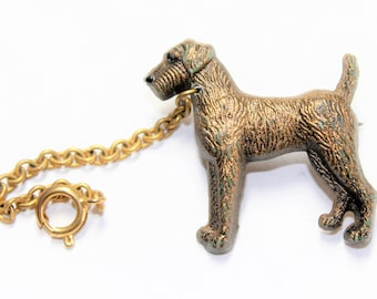Brown Irish Setter Dog with Chain Gold Coloured Vintage Brooch (c1960s)