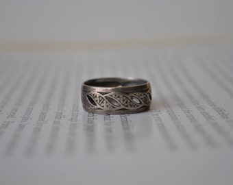 Vintage Sterling Ring - 1920s Edwardian Silver Ring