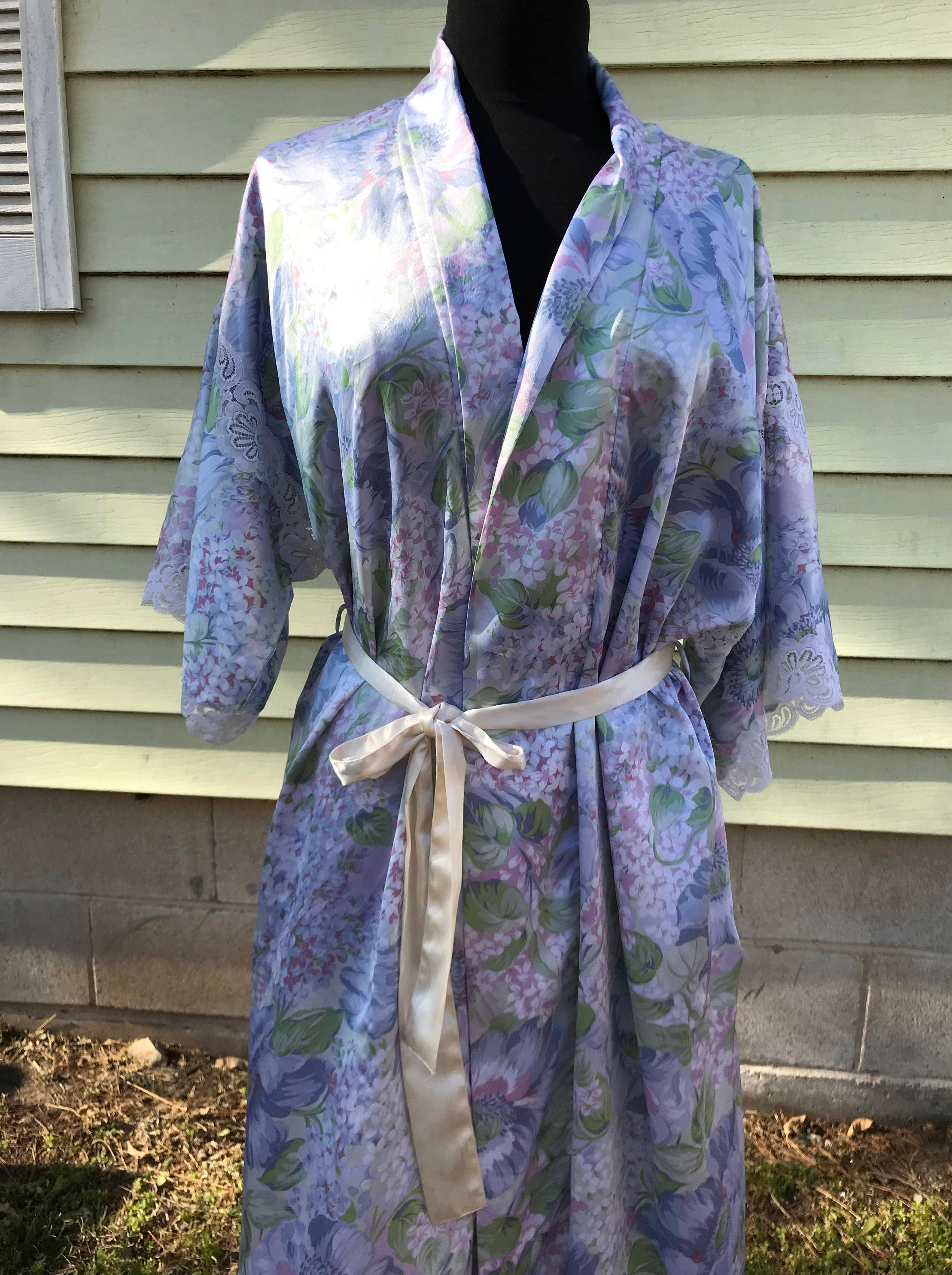 Christian Dior Satin Wrap Robe Dressing Gown/1960s 70s/Pastel Floral/Small Med./Neiman Marcus/Kimono/Lounge Wear/Pre Wedding Photo/NY Paris