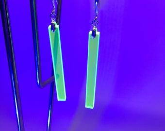 Fluorescent Pendant Earring (Pair)