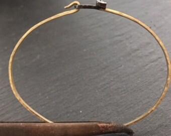 Golden bracelet with brilliant clasp