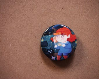 Illustrated button pin, night brooch