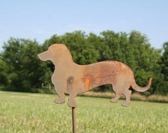 Wiener Dog Stake, SHIPS FREE!!! wiener dog, dog yard sign, dog garden stake, wiener dog sign, dachshund art, pet memorial, dachshund sign