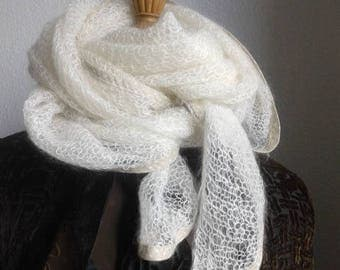 "Scarf ""Snowflake""from ""La Droguerie"" triangular shape"