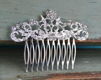 Small Silver Wedding Hair Comb, Rhinestone Bridal Comb, Crystal Wedding Hair Comb, Headpiece, Cute Bridal Side Comb, CO-013