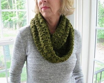 Crochet infinity scarf, olive green scarf, crochet circle scarf, crochet lace scarf, crochet scarf, infinity scarf, green circle scarf