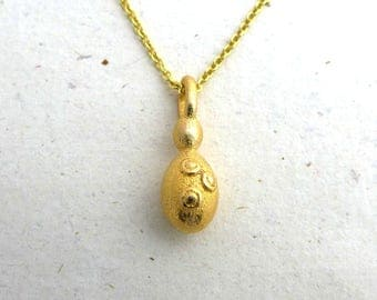 Saccharomyces Budding Yeast Pendant - Science Jewelry