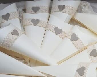 Confetti cones, 100 Cones, Confetti holders, Confetti cones, Cones for petals, Rustic style cones, Wedding decorations