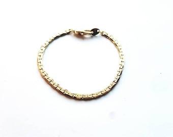 Vintage Korea Signed Dainty Gold  Locking Links Bracelet