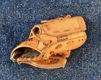 Catfish Hunter - Vintage Baseball Glove - Wilson Baseball Glove - Jim Catfish Hunter Baseball Glove - NY Yankees - Oakland A's