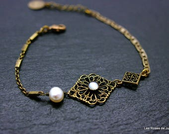 lace bracelet mother of Pearl