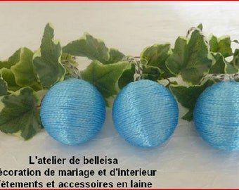 Set of 3 Christmas balls hanging made with blue wool