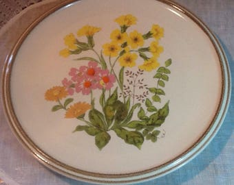 """Vintage, Mikasa, Fresh Bouquet, D8001, 10 3/4"""" Dinner Plate, Stonewear, midcentury,country, cottage, yellow buttercups, pink, orange, gold"""