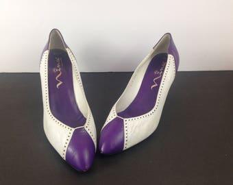 Vintage 80s 9.5 M Nina Spectator Pumps Purple White