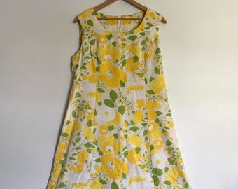 Vintage 60s 70s Mod Shift Dress lemon Yellow Roses Plus Size 14
