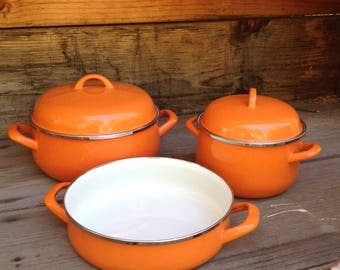 Vintage Orange Enamelware, Mid Century Enamelware, Yugoslavia Enamelware, Orange Kitchen Cookware, Retro Kitchen, Heavy Duty 5 pc Cookware,
