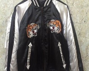 Birthday Sale Vintage Embroidered Japanese Souvenirs Sukajan Varsity Jackets, Tiger Roar At Front Part, Japan Maps At The Back Size L Rare