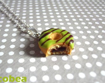"necklace ""chewed pistachio/chocolate donut"""