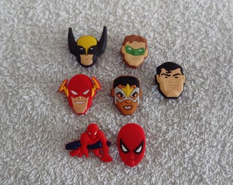 Lot 7 jibbitz Marvel super heroes (badges for fangs)