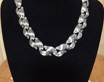 1950s choker, vintage Lisner choker, antique necklace, vintage jewelry, vintage silver choker, Lisner, vintage necklace
