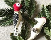 Bird pins,Wood pecker pins,Red headed wood pecker,- Valentines gift,Gift for her,Mothers day gift,Pins for bird lovers,Pins for hats,scarfs