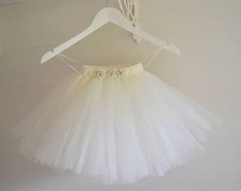 Tutu, ivory tutu, flower girl tutu skirt, Flower Girl dress, tulle skirt, baby cake smash, tutu skirt, baby tutu, wedding tutu, tutu dress
