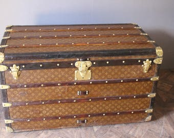 1930's Stenciled Monogramm Louis Vuitton Steamer Trunk,Malle Louis Vuitton
