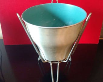 HAIRPIN Stand and Bullet Planter Set/Vintage / 1950 s/Mid Century Modern / Metal Planter & Stand/Aluminum/Turquoise Finish