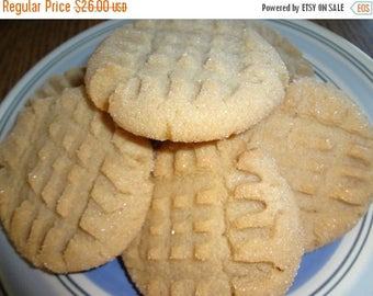 ON SALE: Classic Homemade Peanut Butter Cookies (3 Dozen)