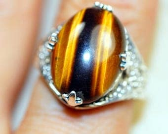 Tiger Eye & 925 Sterling Silver Ring size 8 by Silver Trend