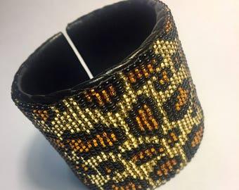 Leopard beaded cuff bracelet