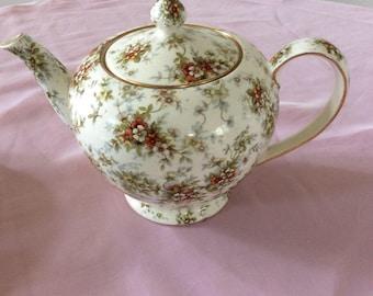 "Royal Winton Grimwades ""Lady Patricia"" teapot.  4 cup size"