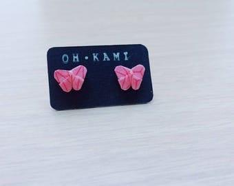 Boucles d'oreilles puces en kirigami papillon toutes petites et toutes mignonnes, papier rose à motifs