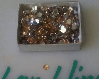 5mm gold rhinestones