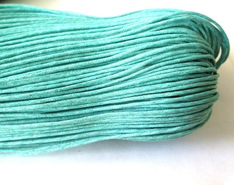 10 meters of 1.5 mm emerald blue waxed cotton thread