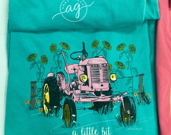 Anna Grace Little bit Southern comfort color tee