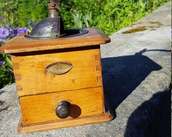French Peugeot Coffee Grinder / Vintage Coffee Grinder / French Coffee / Wooden Coffee Grinder / Kitchenalia