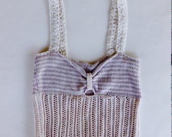 Knitted top in white cotton and lilac