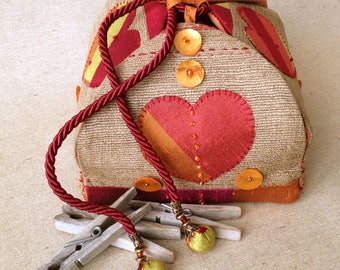 Slight tobacco and ochre silk jewelry box. Valentine's day gift. The heart. Silk and Pearl bead charm