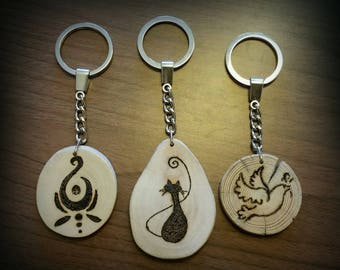 Drift wood pyrography keychain