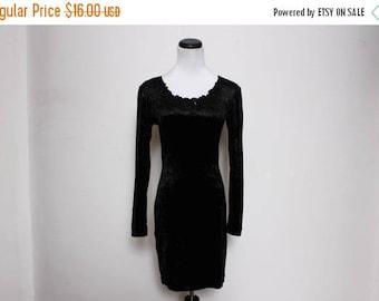 25% OFF VTG 90s Black Beaded Crushed Velvet Babydoll Bodycon Mini Dress XS/S