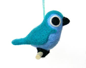 Bird in felted wool. Turquoise